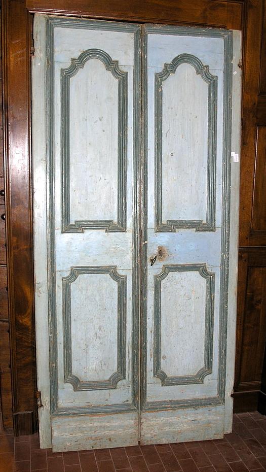Porte Antiche A Due Ante.La Casa Antica